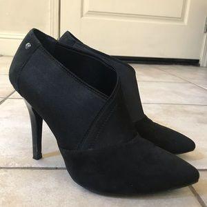 Vera Wang Black Booties
